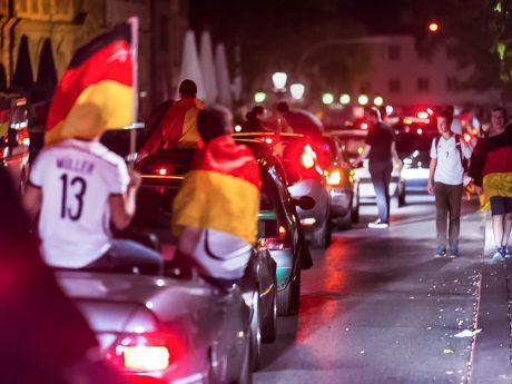 Autokorso zur WM. Foto: Pascal Höfig