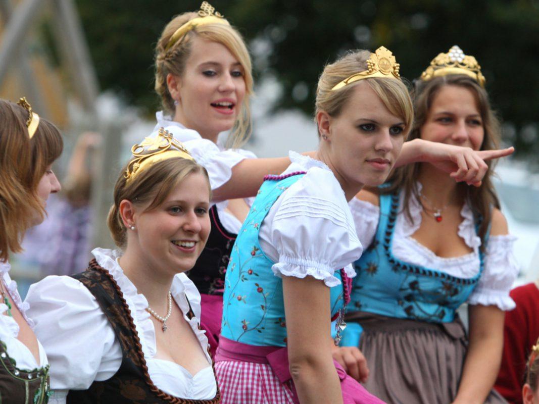Die Weinprinzessinnen.Foto: K.J. Hildenbrand © LWG Veitshöchheim