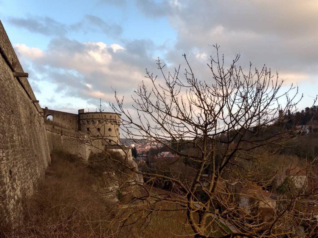 Maschikuliturm der Festung Marienberg. Foto: Lukas Dinsing