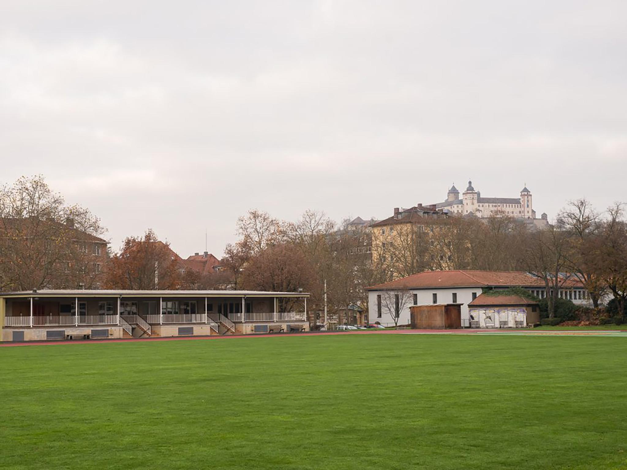 Sanderrasen in Würzburg. Symbolbild: Pascal Höfig