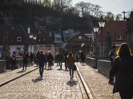 Die Alte Mainbrücke. Foto: Pascal Höfig
