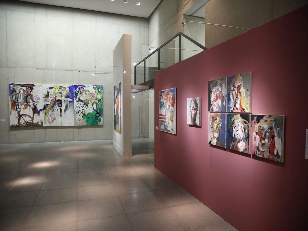 """Ausstellung """"Die blaue Krone"""" im MAD! Foto: Markus Hauck"""
