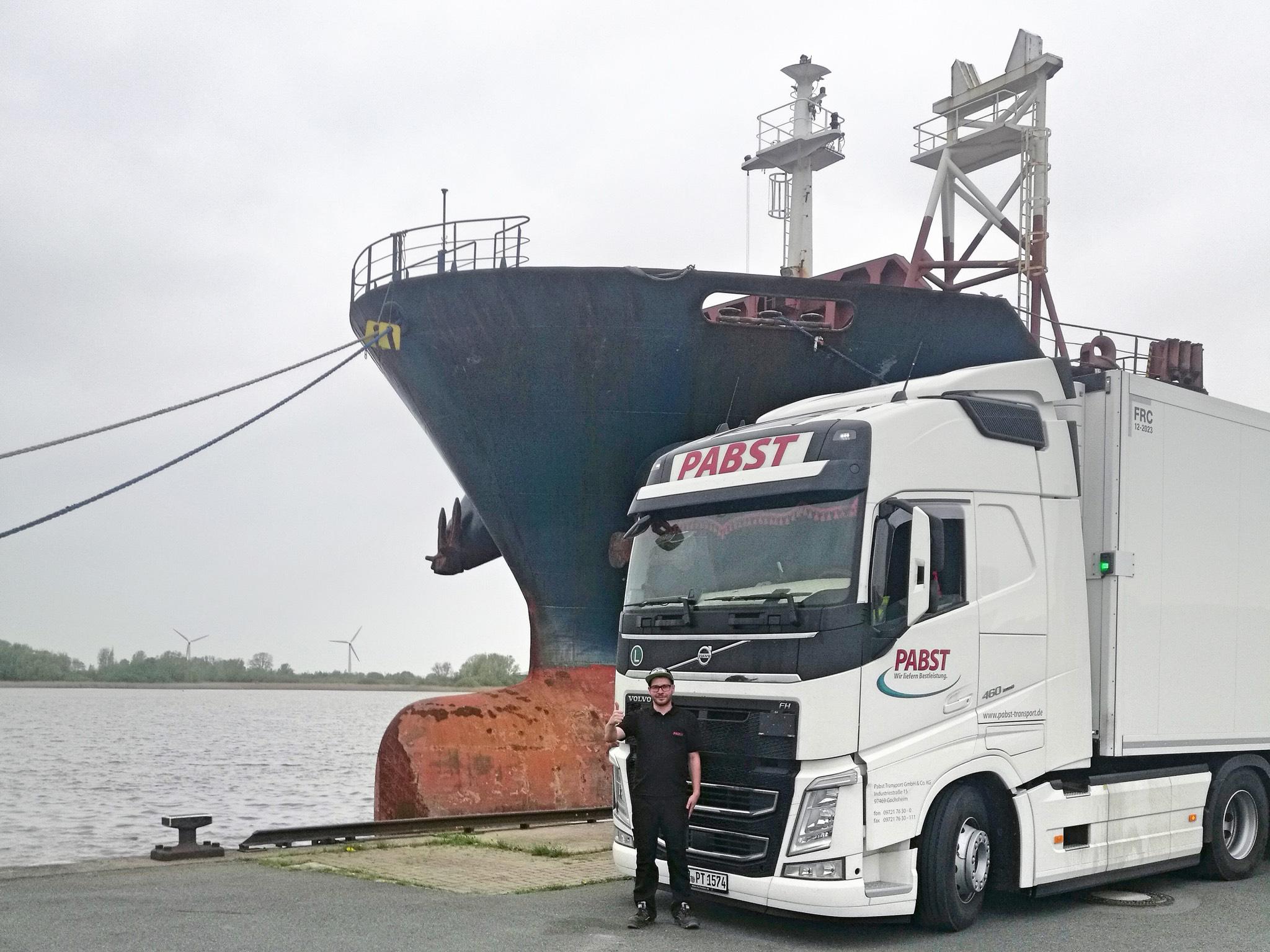 Kraftfahrer Andreas in Bremerhaven. Foto: Pabst Transport