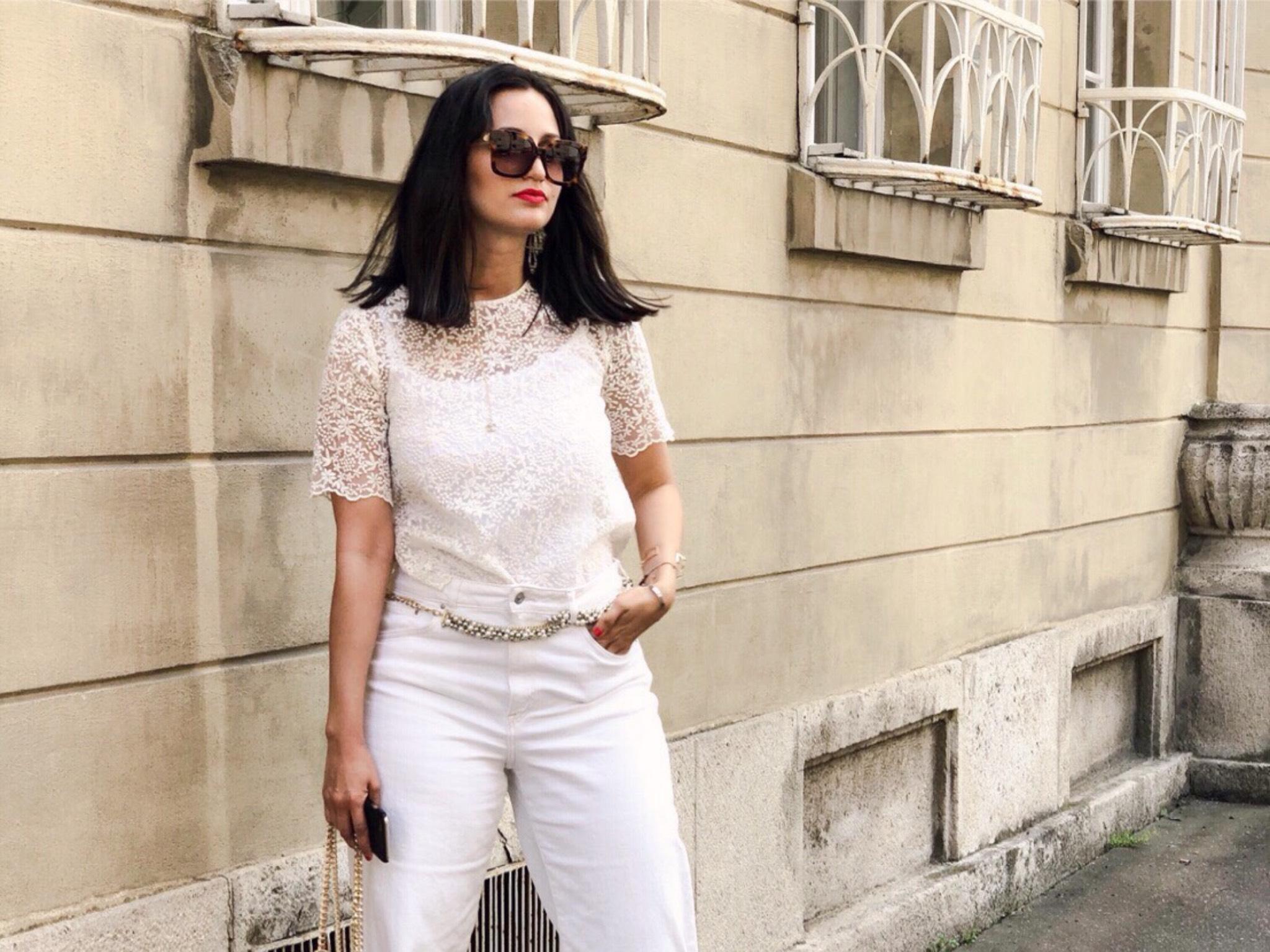 Annabelles Outfit Inspiration für die White Party am Stadtstrand. Foto: Lea Demir
