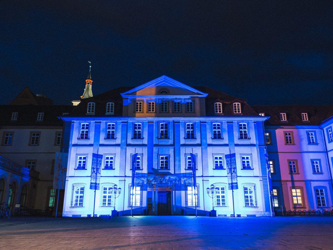 Am 9. Mai ist Europatag – das Rathaus strahlt dann Blau! Foto: Pascal Höfig