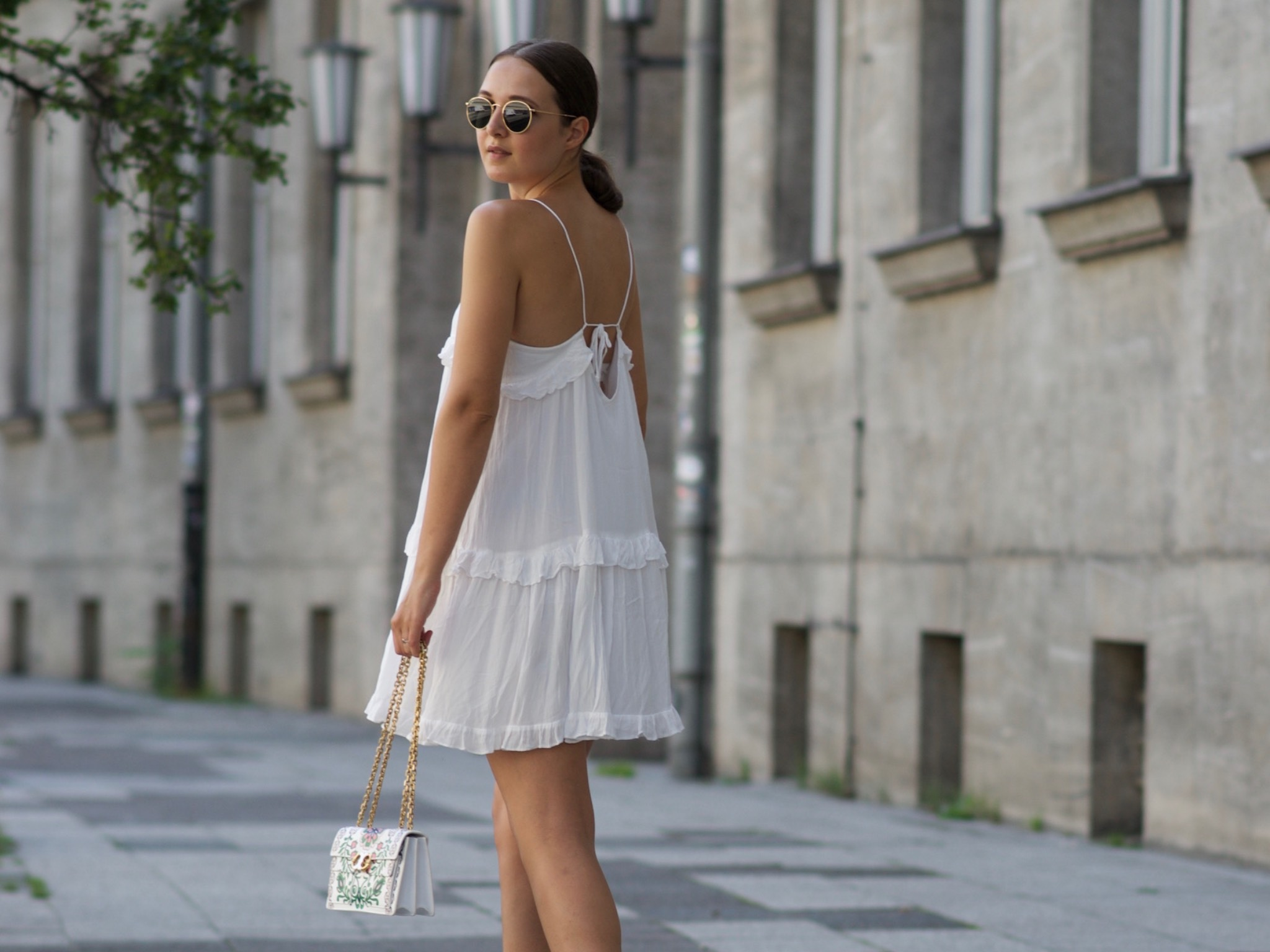Ines' Outfit für die White Party. Foto: Ines Bali