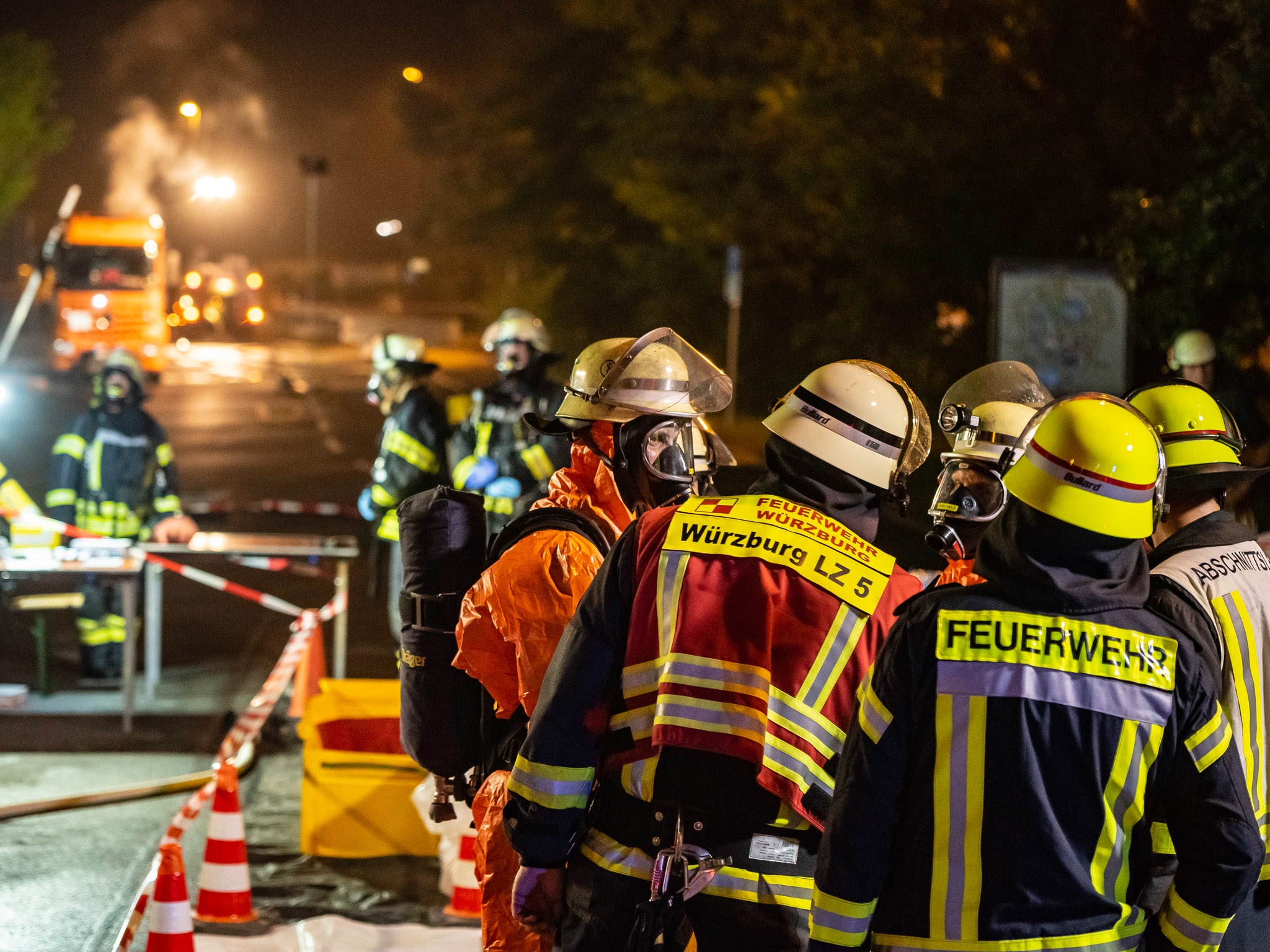 Insgesamt war die Feuerwehr mit insgesamt 50 Einsatzkräften über fünf Stunden im Einsatz. Foto: Pascal Höfig