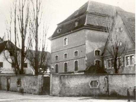 Blick auf die Heidingsfelder Synagoge. Archiv: Willi Dürrnagel