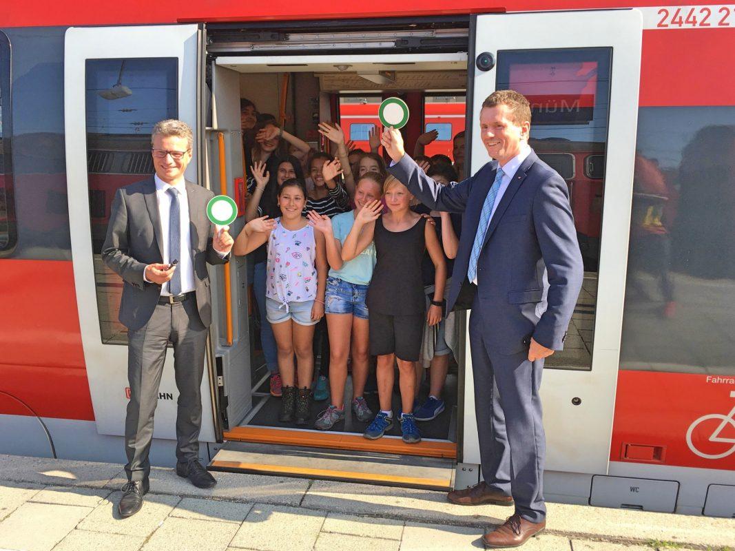 Freifahrten als Belohnung für sehr gute Noten. Foto: DB Regio AG
