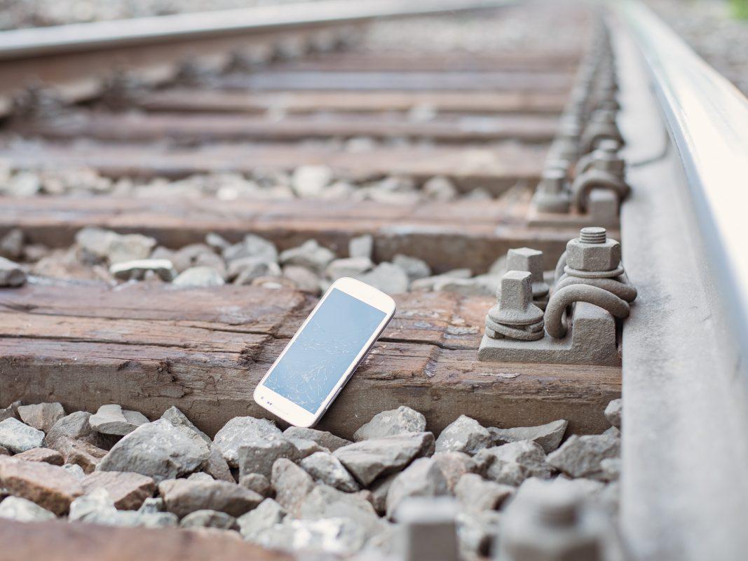 Tödliche Gefahr: Selfie im Bahngleis. Foto: Pascal Höfig