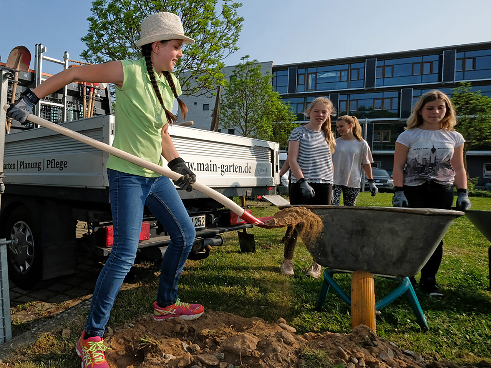 Arbeit Hand in Hand an der Realschule in Kitzingen. Foto: Anna Häußler
