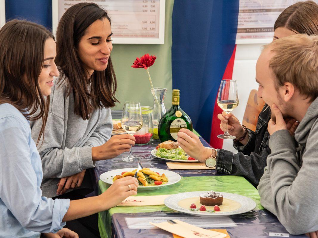 Für die Mittagspause zur Weinparade! Foto: Pascal Höfig