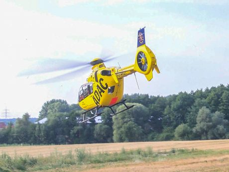 "Der Rettungshubschrauber der ADAC Luftrettung ""Christoph 18"" Foto: Pascal Höfig"