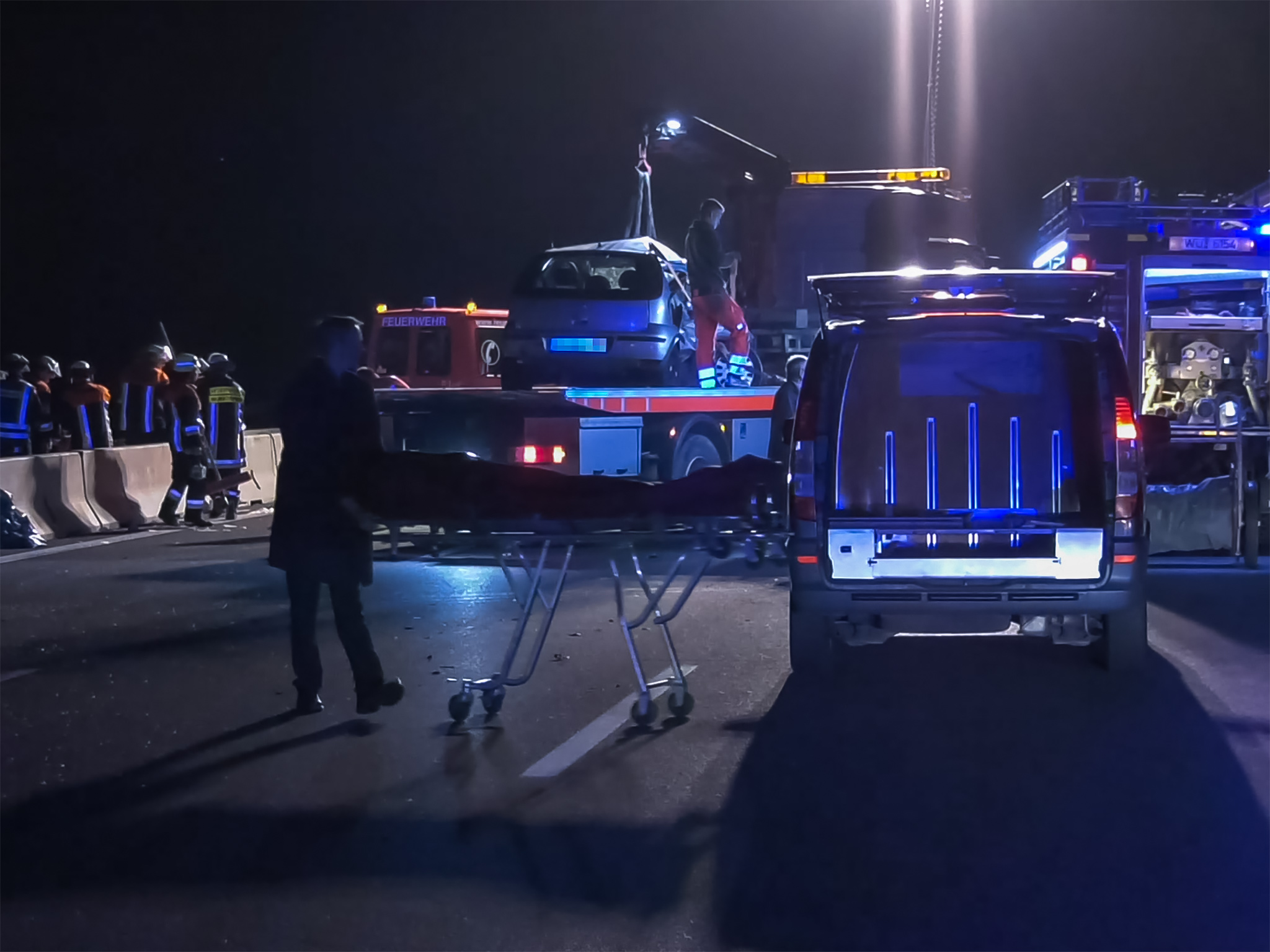 8.690 Verkehrsunfälle in Bayern waren auf nicht angepasste oder zu hohe Geschwindigkeit zurückzuführen (- vier Prozent). 85 Menschen kamen dabei ums Leben. Foto: Pascal Höfig