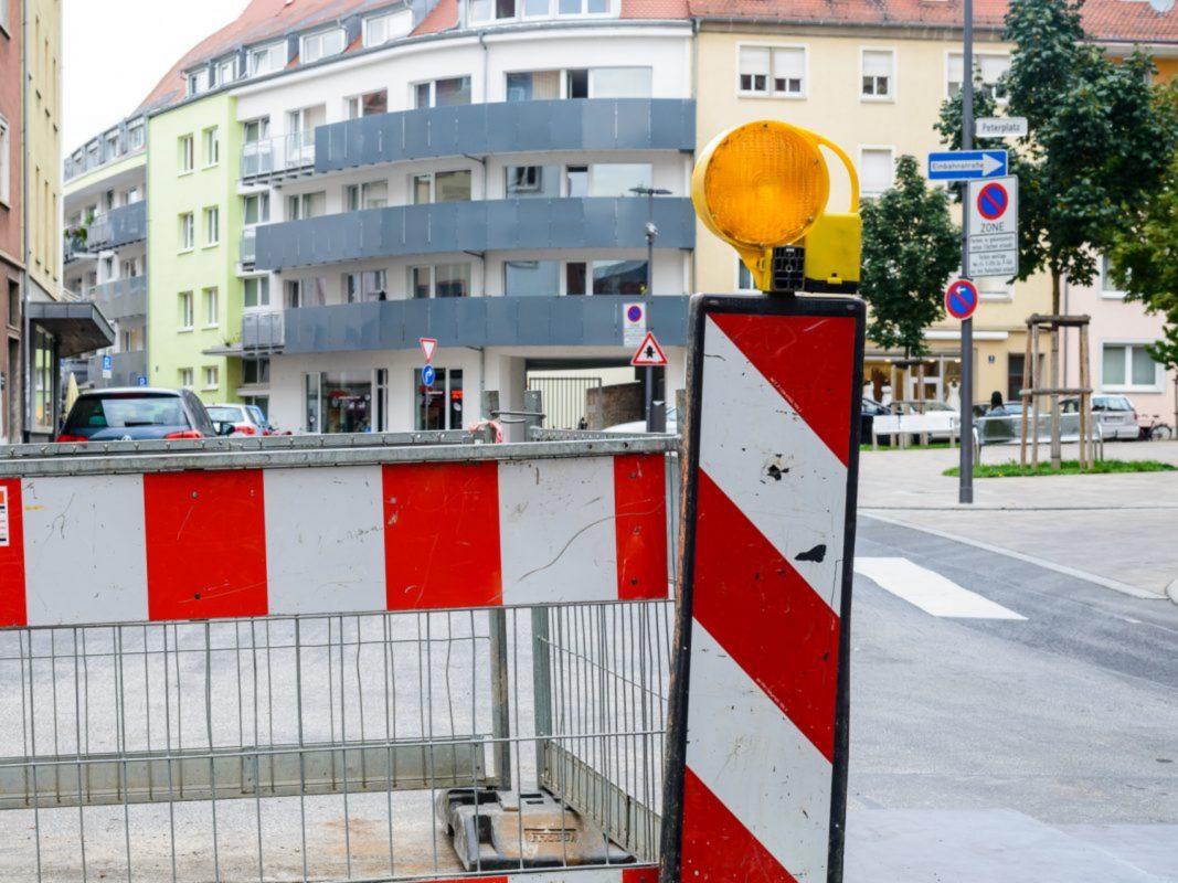 Ein Schild kommt selten allein. Foto: Pascal Höfig