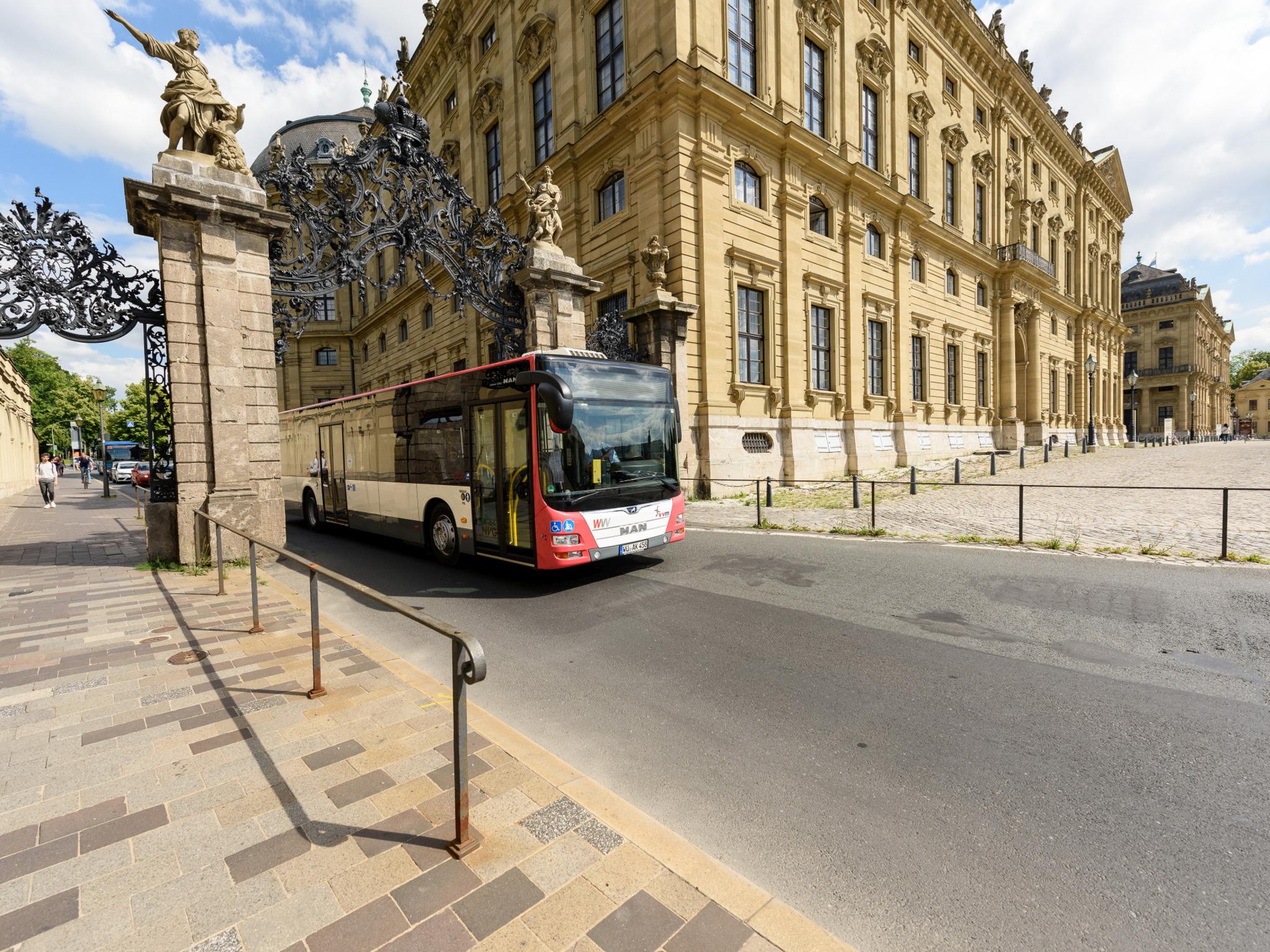 Schnell und bequem durch die Stadt mit den Bussen der WVV. Foto: WVV