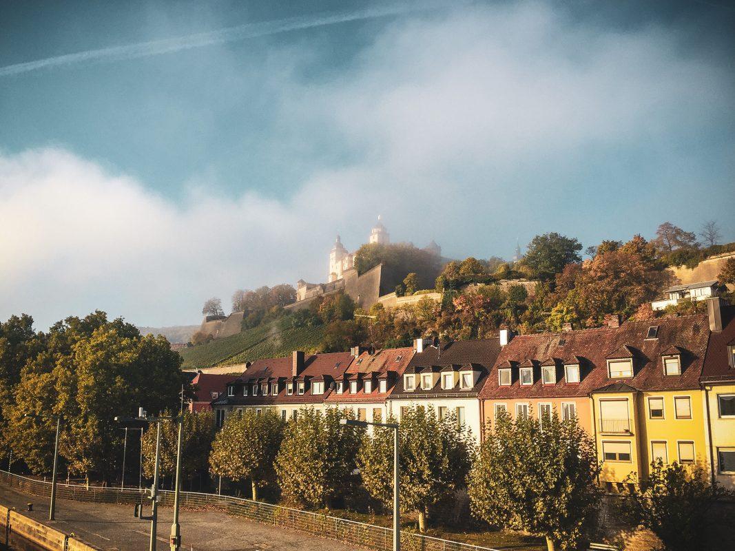 Die Festung Marienberg im Herbst. Foto: Katharina Kraus