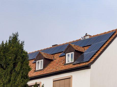 Photovoltaik auf einem Hausdach. Symbolfoto: Pascal Höfig