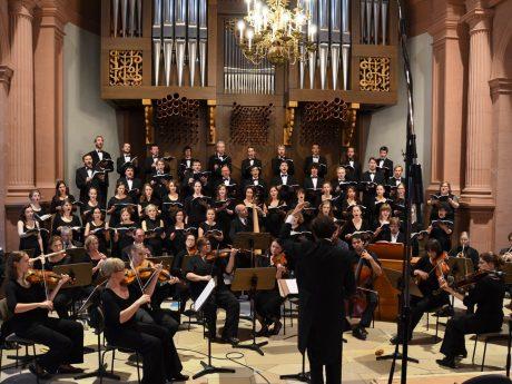 Der Monteverdichor Würzburg lädt wieder zu einmaligen, musikalischen Erlebnissen. Foto: Monteverdichor Würzburg