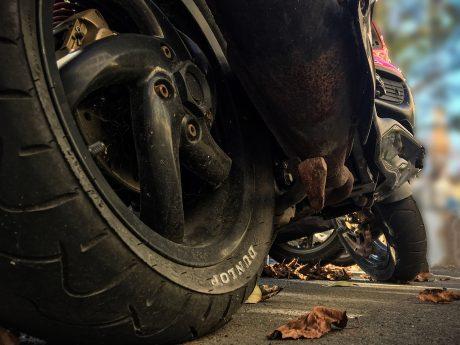 Motorroller. Symbolfoto: Pascal Höfig