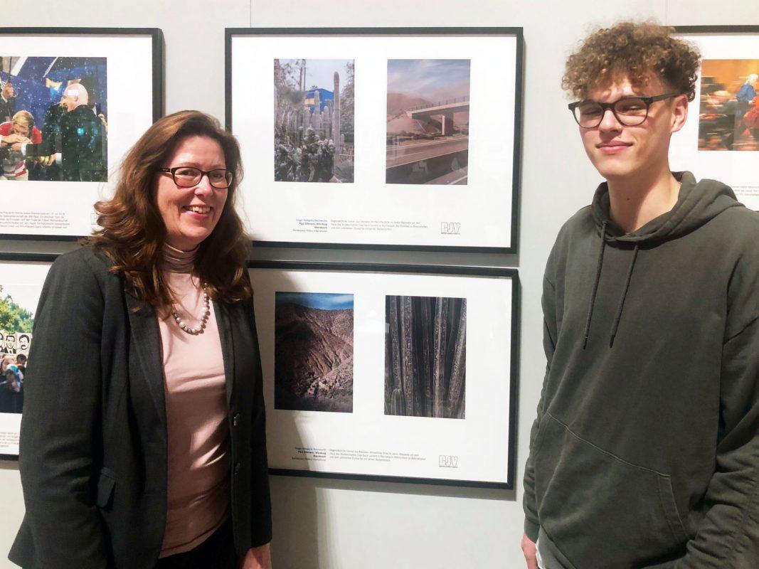 Paul Dittmann mit Susanne Merten-Wente, Governor des Preisstifters Rotary International. Foto: Rainer Reichert