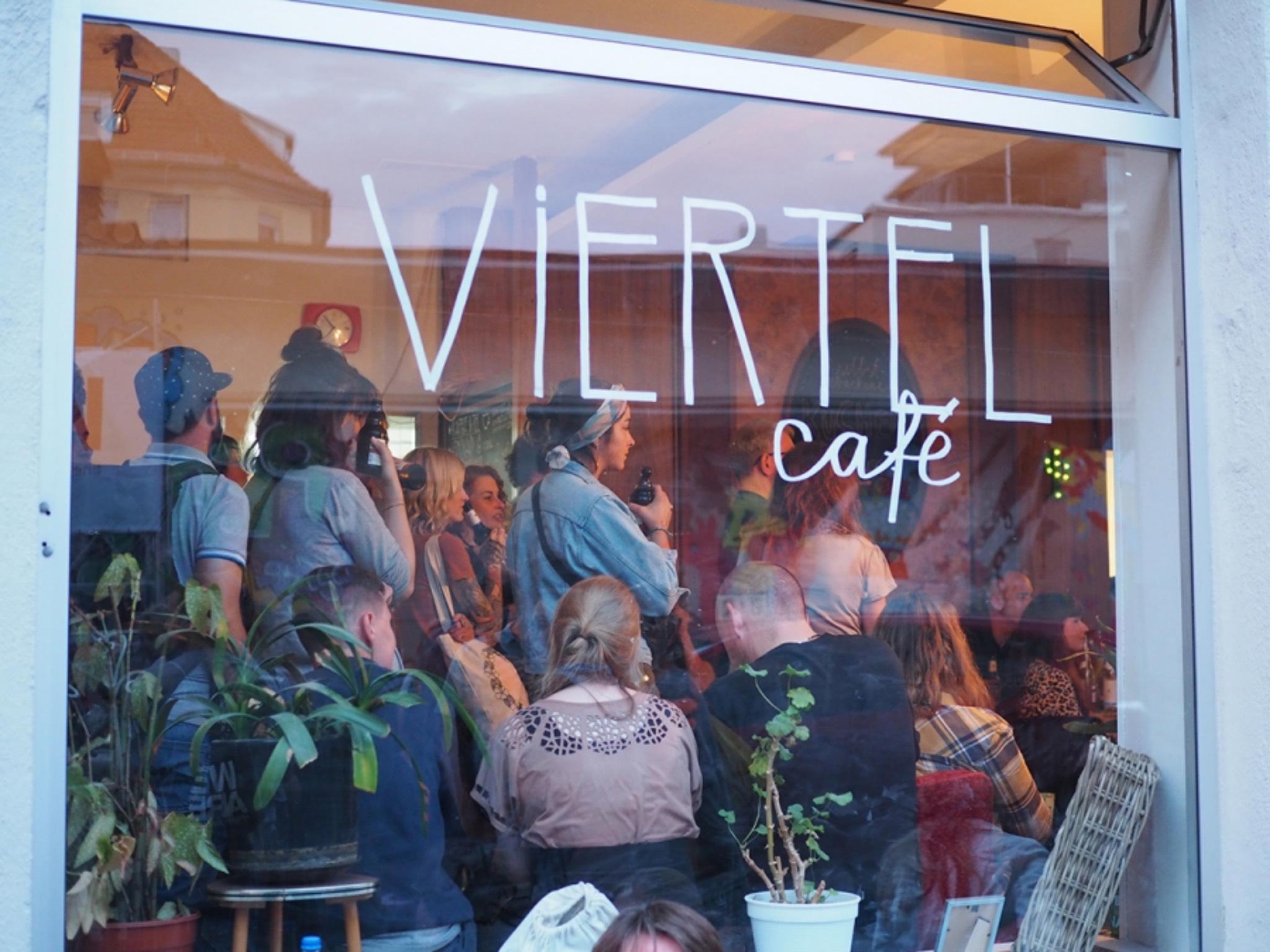 Das Viertelcafé ist an den Kulturtagen gut besucht. Foto: Nina Ditterich