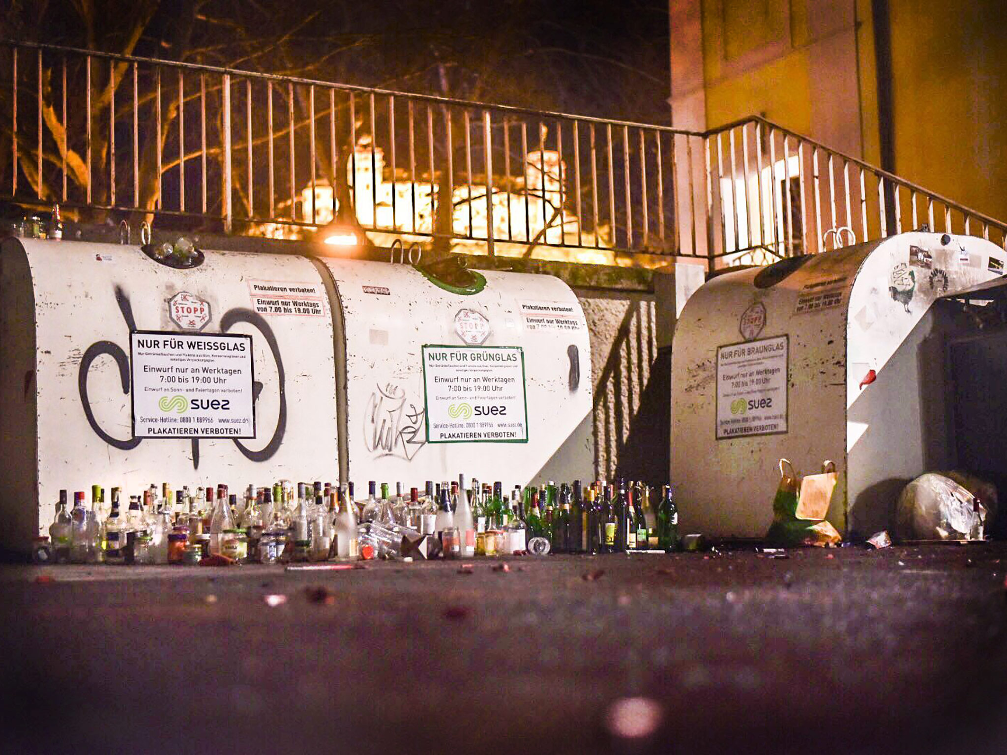 Leere Flaschen nach der Silvesternacht. Foto: Pascal Höfig
