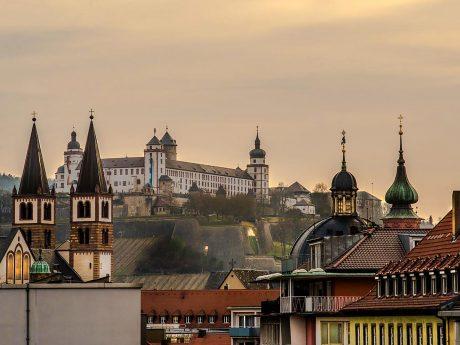 Festung, Innenstadt und vieles mehr – Würzburg ist schön. Foto: Pascal Höfig