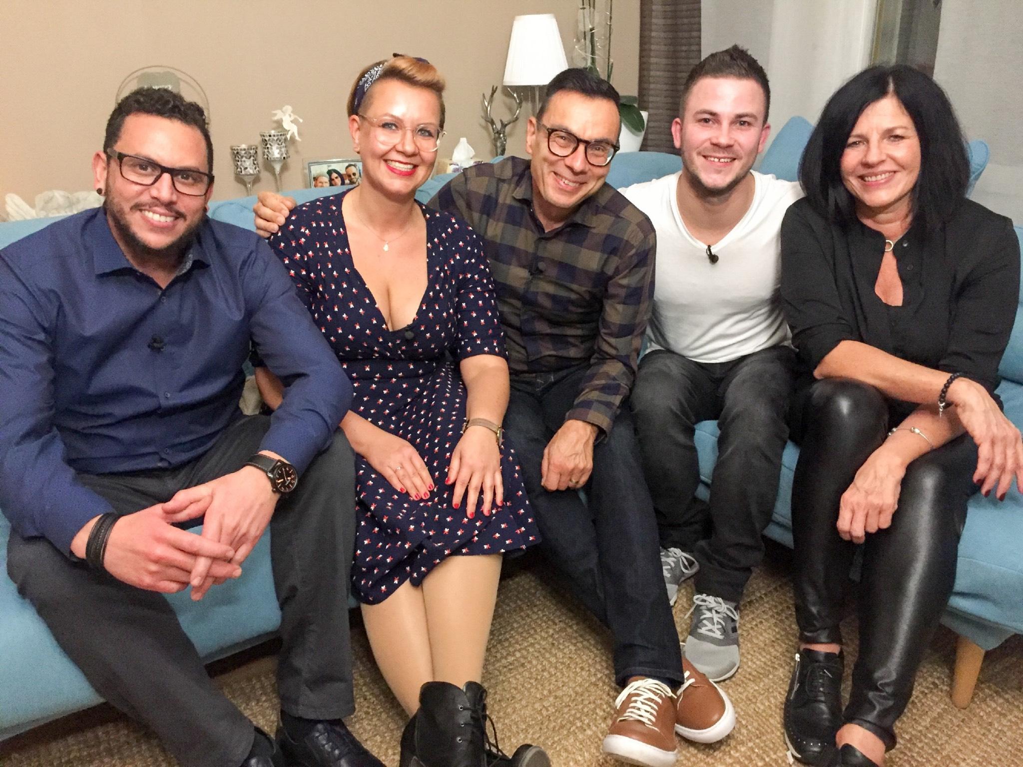 Die Teilnehmer aus Unterfranken: Walid, Christina, Hartmut, Burkhard, Katja (v.l.). Foto: MG RTL D / ITV Studios