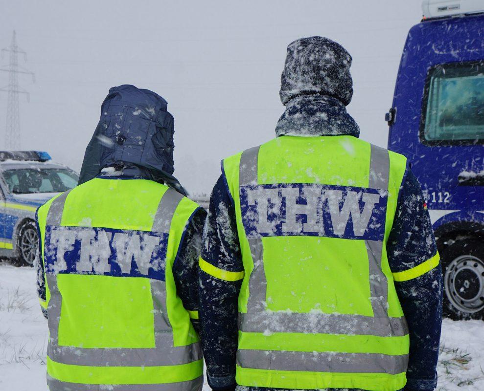 1200 THW-Kräfte sind seit Sonntag im Einsatz. Vor allem Bayern ist stark von den Schneefällen betroffen. THW/Dominik Helms