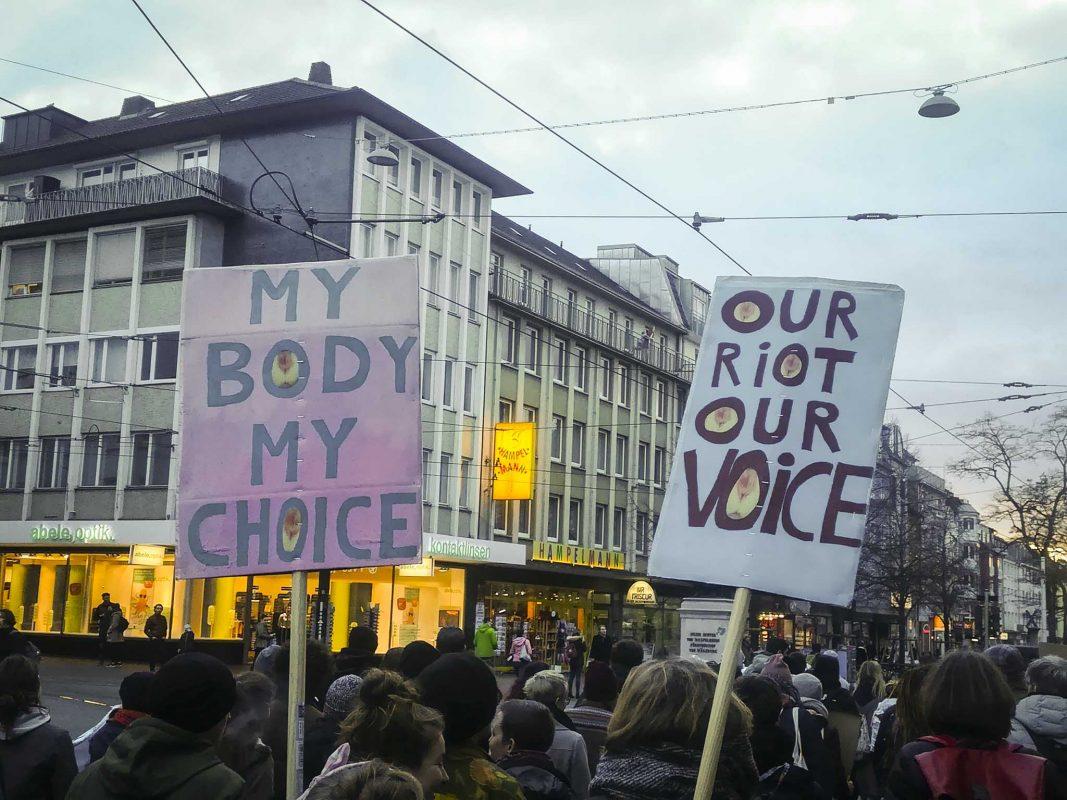 Feministische Tanzdemo am Weltfrauentag. Foto: Jessica Hänse
