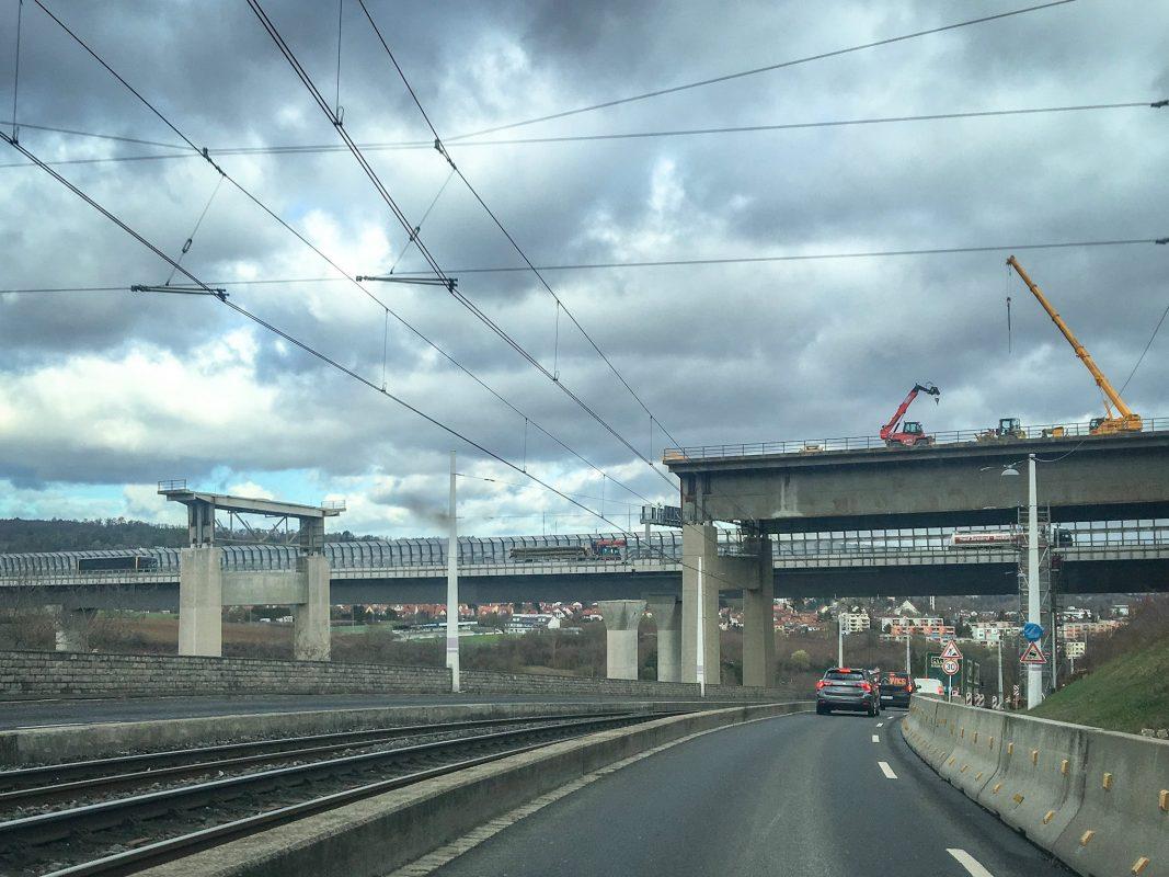 Die Heuchelhofstraße wird im Zuge des Brückenabrisses gesperrt. Foto: Pascal Höfig.