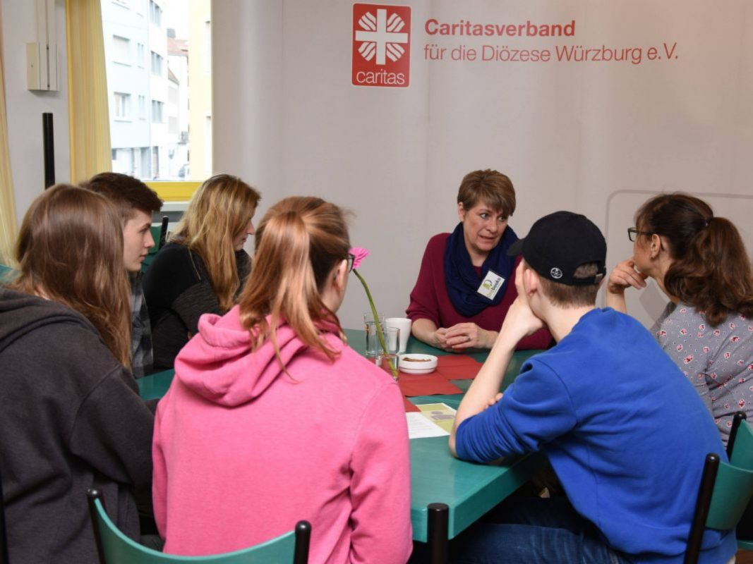 "Projekt ""LIVEBOOKS"" des Würzburger Vereins Wärmestube e. V. Foto: Caritas Würzburg"
