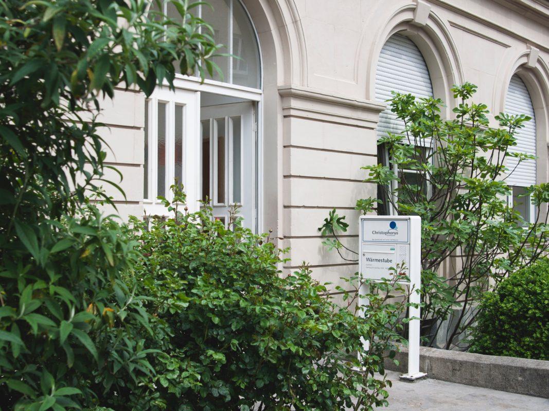 Die Wärmestube in der Rüdigerstraße 2 ist eine offene Anlaufstelle für alle Menschen, die ohne festen Wohnsitz oder von Wohnungslosigkeit mittelbar oder unmittelbar bedroht sind. Foto: Wärmestube