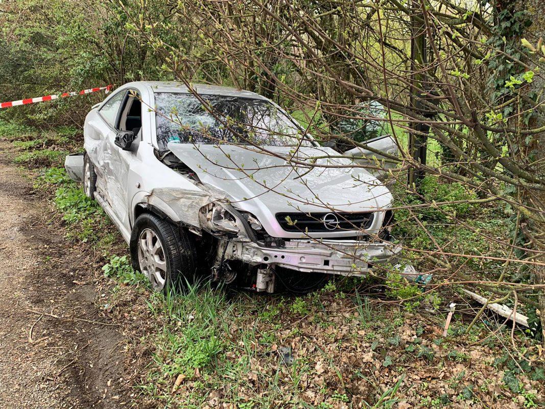 Kurz nach dem Alandsgrund überholte er trotz Überholverbot einen vor ihm fahrenden Mercedes. Foto: FF Gerbrunn