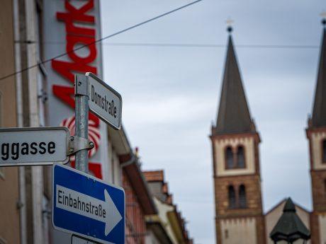 Domstraße in Würzburg. Foto: Pascal Höfig