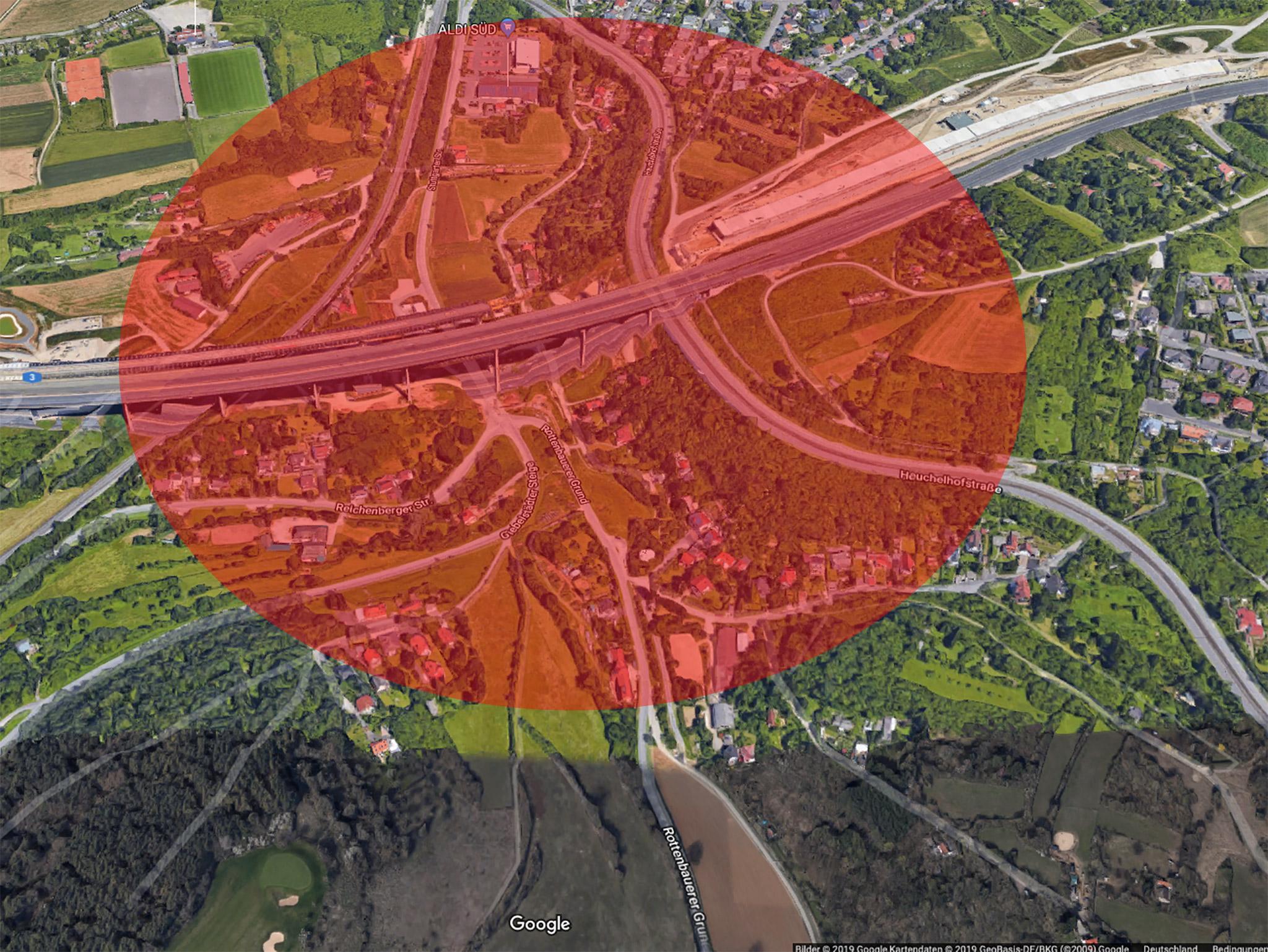 In einem Umkreis von ca. 200 Meter werden Straßen und Wege gesperrt. Screenshot: Google Maps