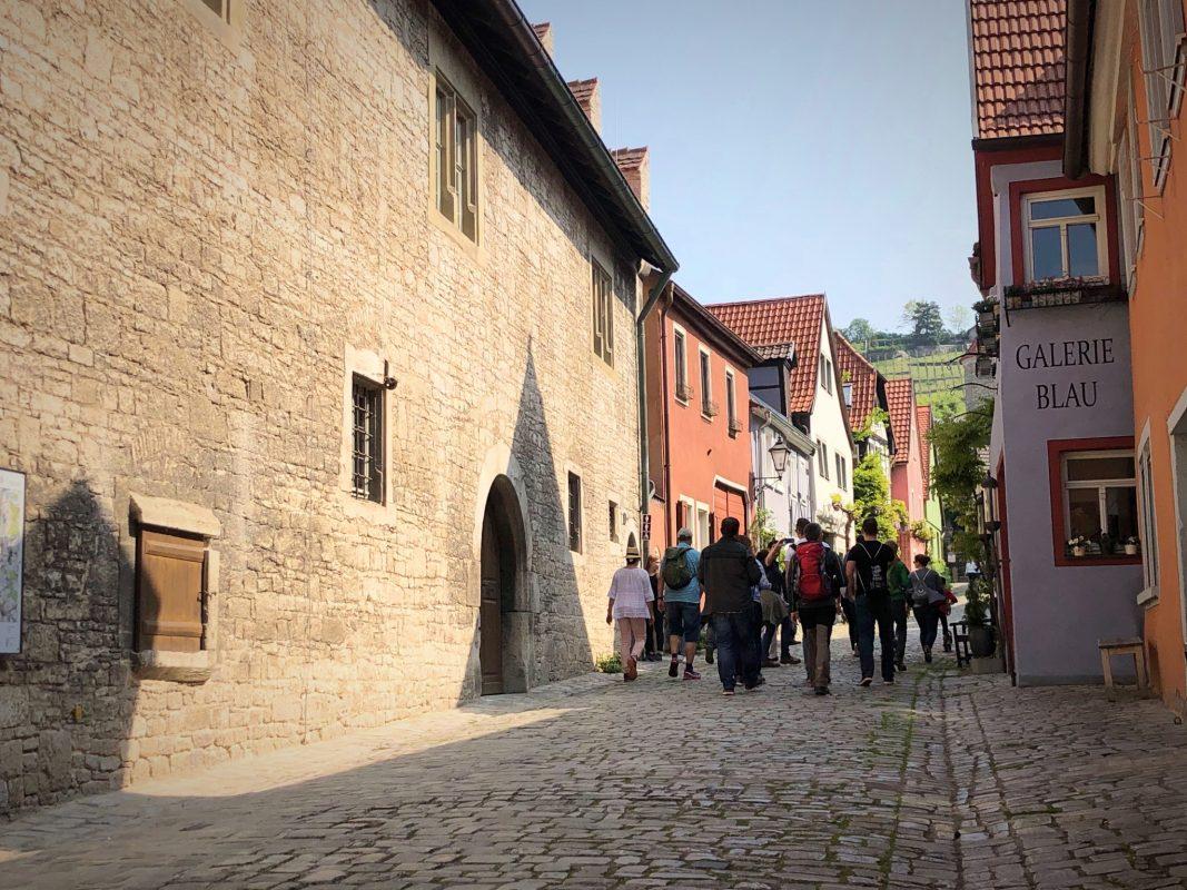 Wandern im schönen Sommerhausen. Foto: Melissa Schnabel