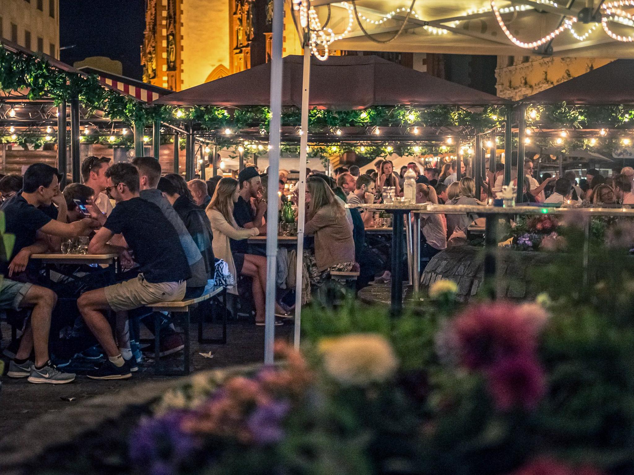 Das Weindorf in abendlicher Stimmung. Foto: Pascal Höfig