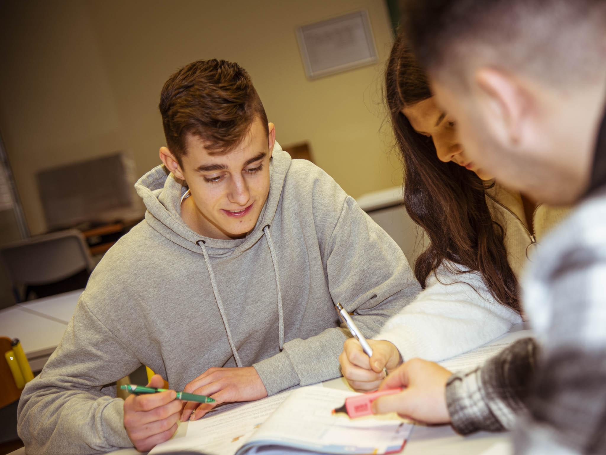 Oft fehlt es den Kindern in der Schule an persönlicher Förderung der eigenen Kompetenzen und Talente. Foto: Dominik Ziegler