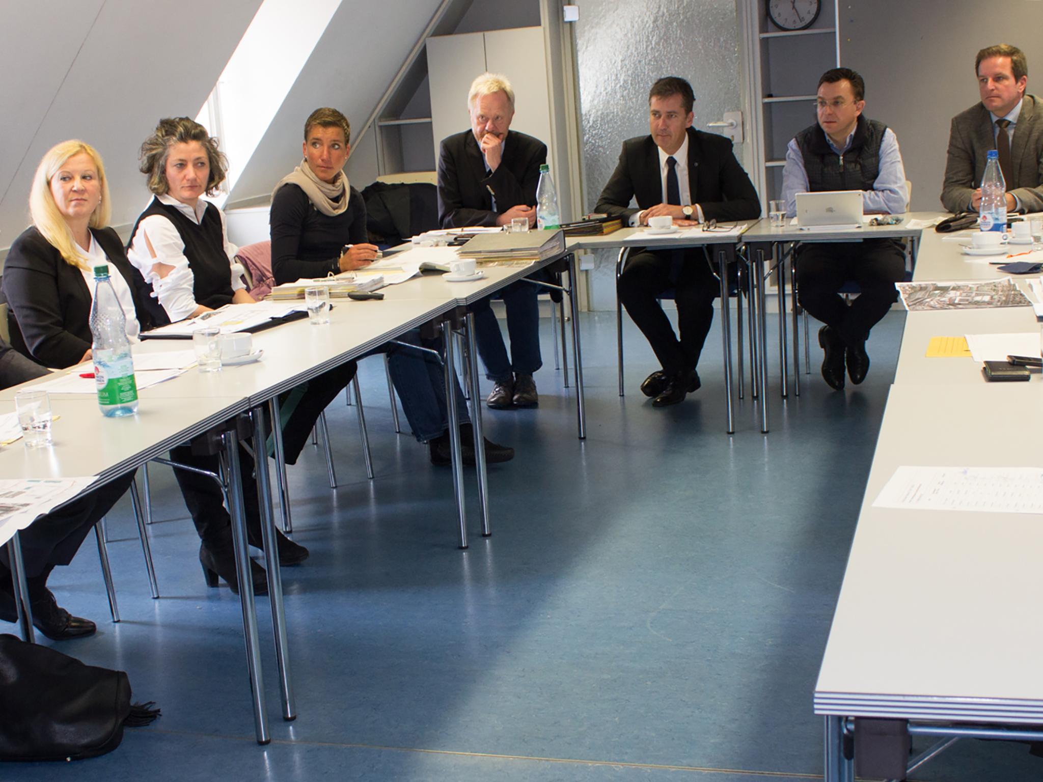 Arbeitstreffen im Würzburger Rathaus mit Vertretern der BImA. Foto: Georg Wagenbrenner