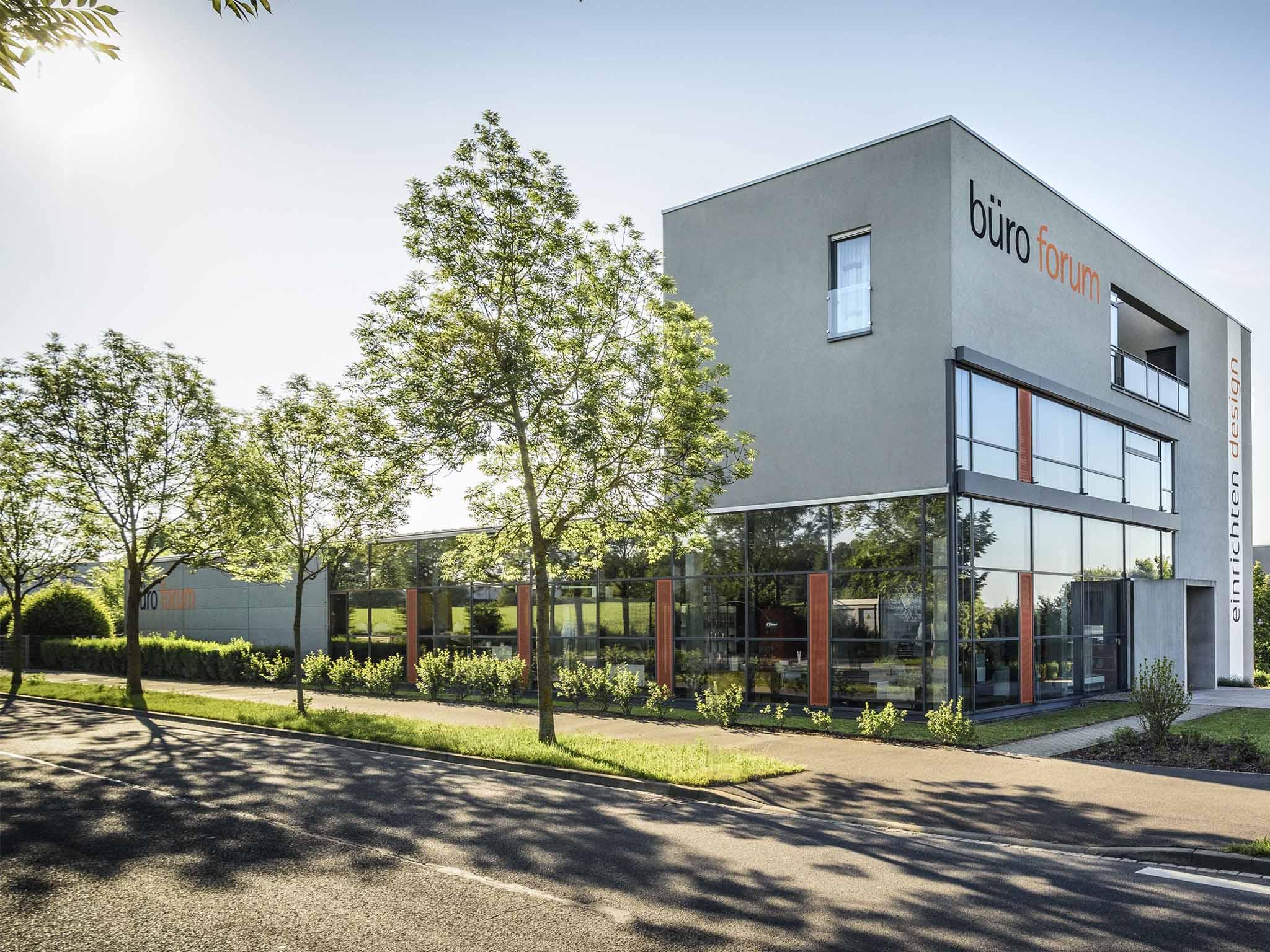 Der Firmensitz in der Edith-Stein-Straße. Foto: büroforum planen und einrichten GmbH.