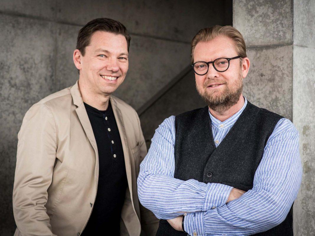 Die Geschäftsführer Jochen Bähr & Daniel Rüttiger. Foto: büroforum planen und einrichten GmbH.