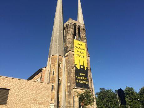Spendensammlung für die Türme von St. Johannis in Würzburg. Foto: Katharina Kraus