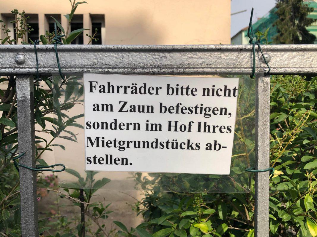 Fahrrad, Verbot, Zaun, Anketten, Abstellen
