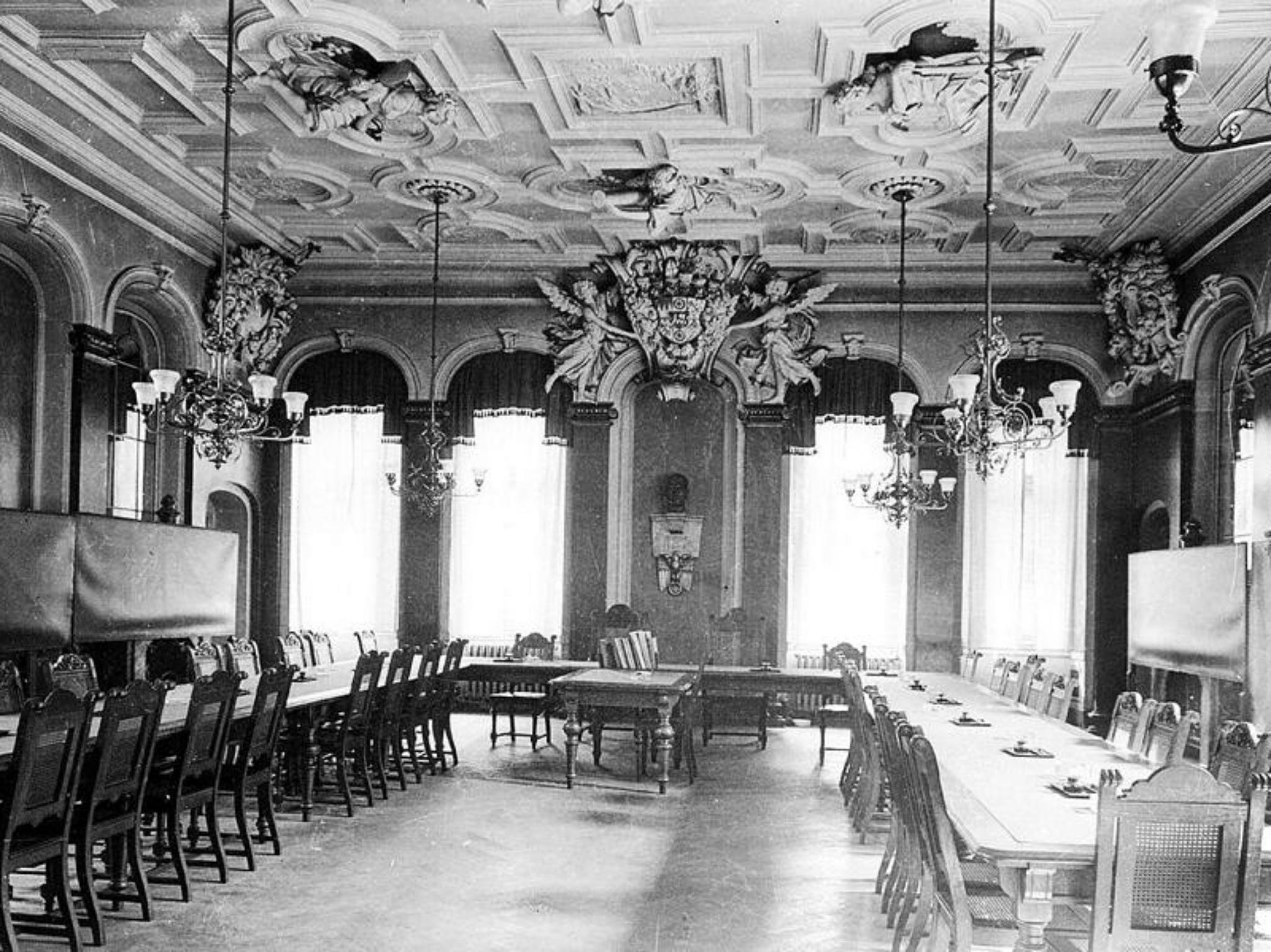 Der Wappensaal im prunkvollen Glanz. Foto: Willi Dürrnagel