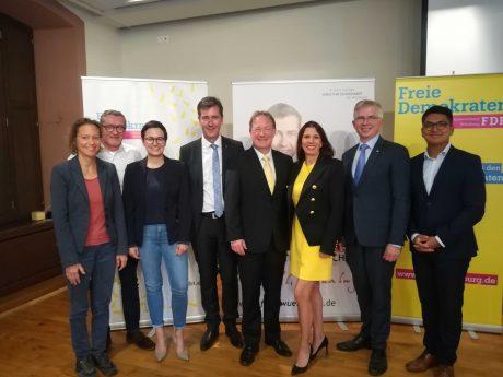 Christian Schuchardt gemeinsam mit den Spitzenkandidaten der FDP. Foto: Jessica Hänse