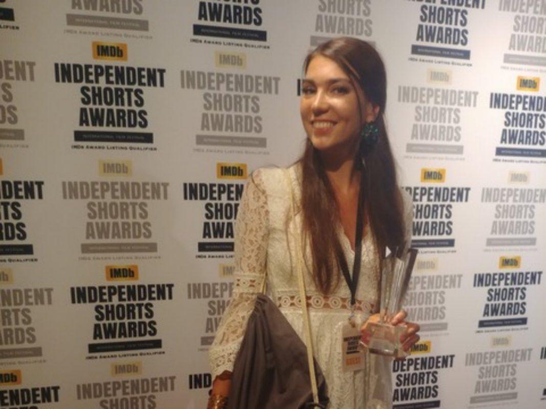 """Kim Hertinger gewann für ihren Kurzfilm """"Meer bei Nacht"""" den Award """"Best Director"""". Foto: Kim Hertinger"""