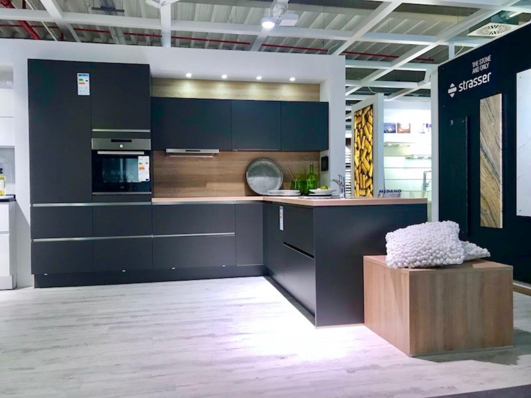 Schnäppchen bei MEDA Gute Küchen: Musterküchenabverkauf ...