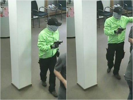 Fotos der Überwachungskamera. Fotos: Polizei